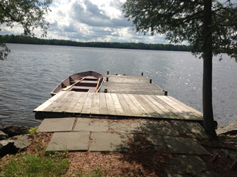 Large dock with excellent swimming
